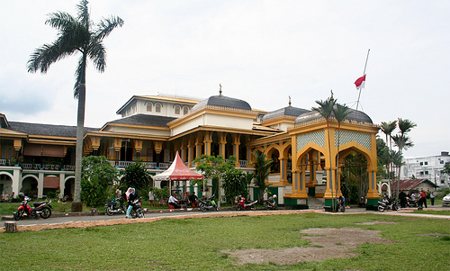 Istana Maimun Top 10 Historical Building You Should Visit in Indonesia