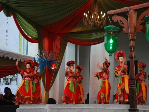 Tari Topeng Betawi Performance (Betawi Mask Dance Performance)