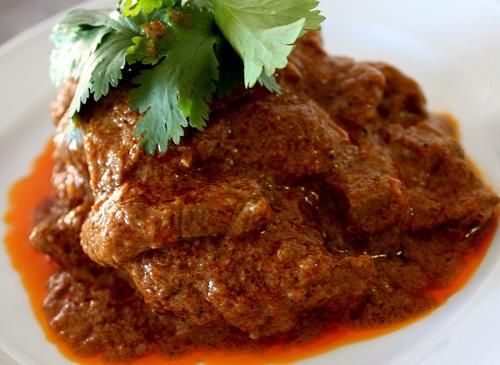 Rendang – Original Recipe From West Sumatra