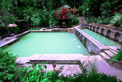 Banyuwedang Hot Water Swim