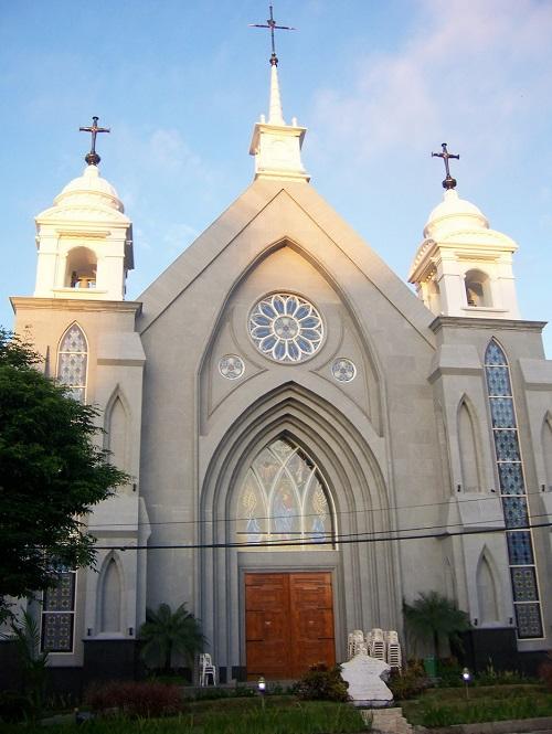 manado katedral