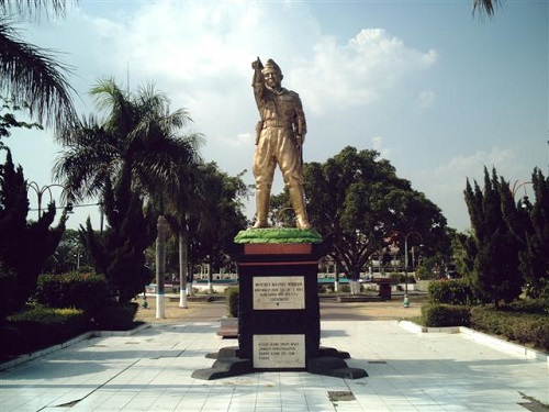 Colonel Marhadi Monument in Madiun