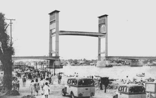 Ampera Bridge history