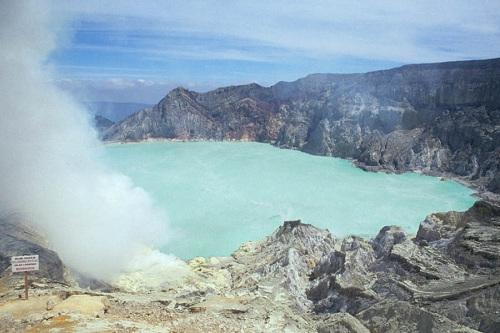 Kawah Ijen (Ijen Craters)