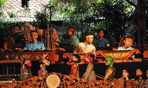 Wayang Golek Performance